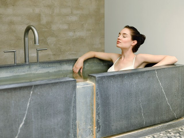 Wellness Mineral Bath